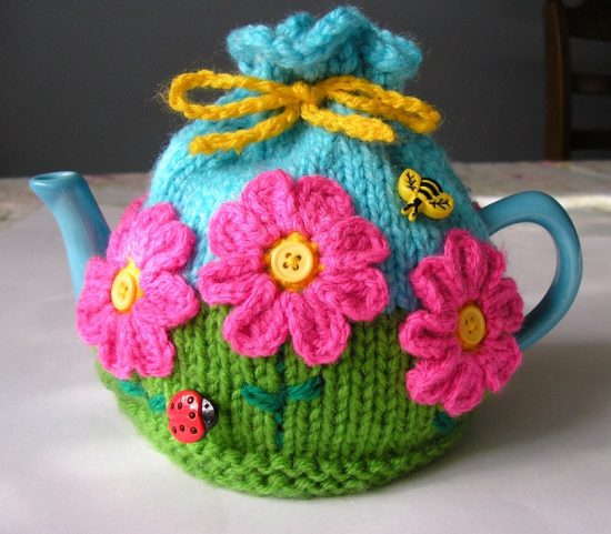 Flower Garden Tea Cozy Free Knitted Pattern