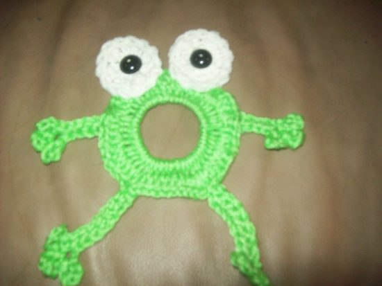 Frog Lens Friend Free Crochet Pattern