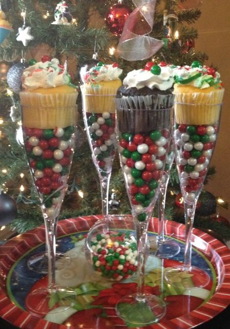 Christmas Cupcake Champagne Flute