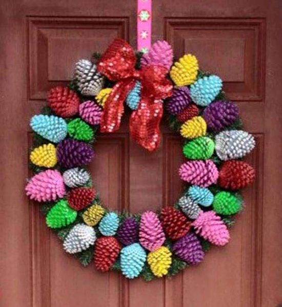 Pine Cone Coloured Wreath