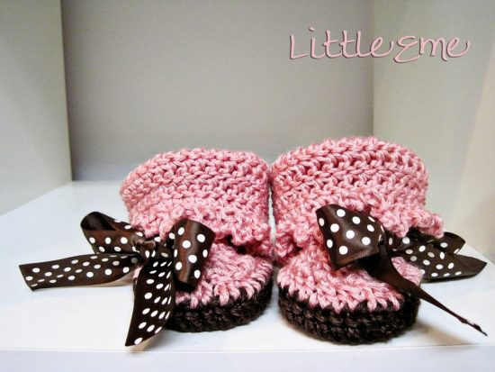 Baby Girl Moccasins Free Crochet Pattern
