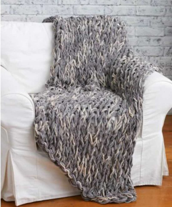 3 Hour Arm Knit Blanket FREE Pattern