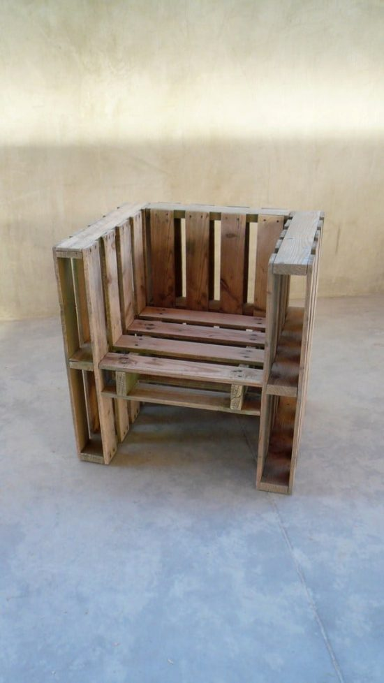 Pallet Book Chair Design
