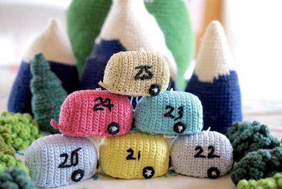 Crochet Christmas Advent Caravan FREE Pattern
