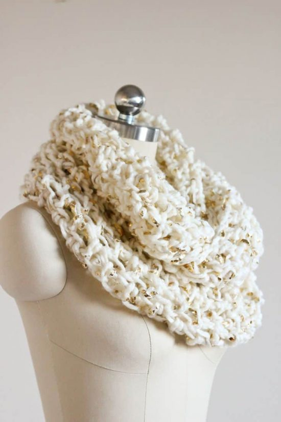 Crochet Infinity Chunky Cowl Scarf Free Pattern