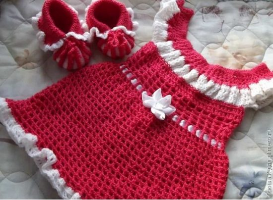Knitted Dress and Booties Free Pattern