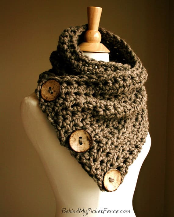 Boston Crochet Cowl Scarf