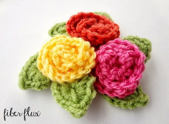 Free Easy Rose Crochet Pattern | Skip To My Lou | 404x550