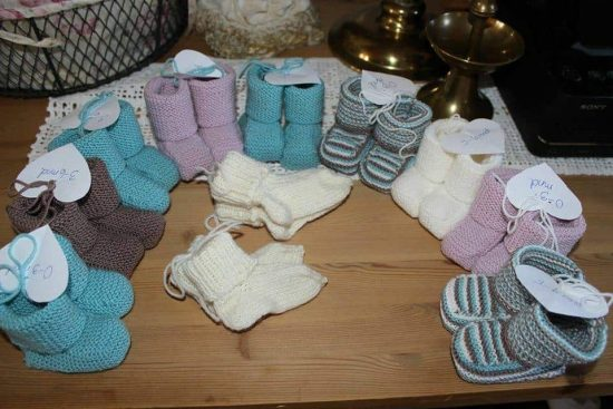 Knitted Striped Baby Booties FREE Pattern