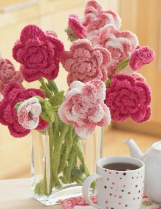 Rose Bouquet Free Crochet Pattern