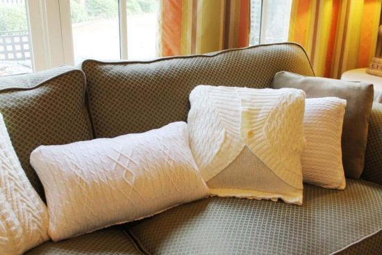 30 Minute Sweater Pillows