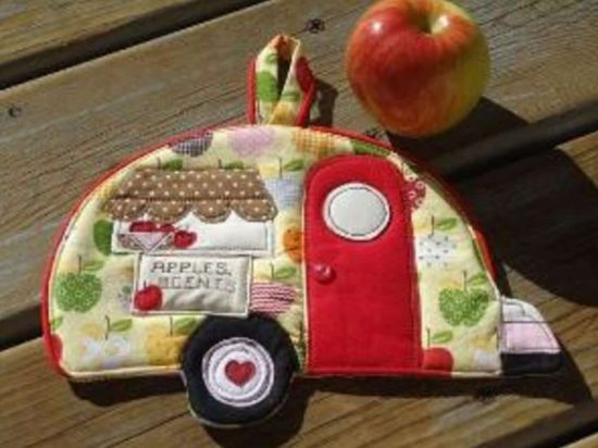 Vintage Camper Pot Holder