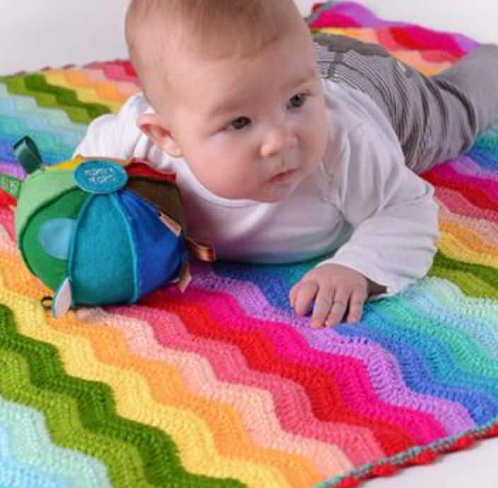Crochet Rainbow Ripple Blanket