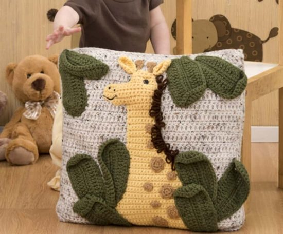 Giraffe Pillow Free Crochet Pattern