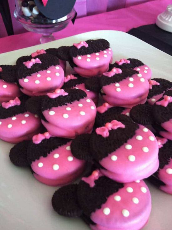 Minnie Mouse Oreo Pops