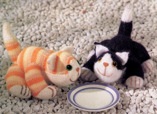Knitted Cats Free Pattern
