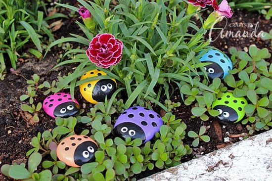 painted ladybug rocks golf ladybugs craft is easy diy to try 2597