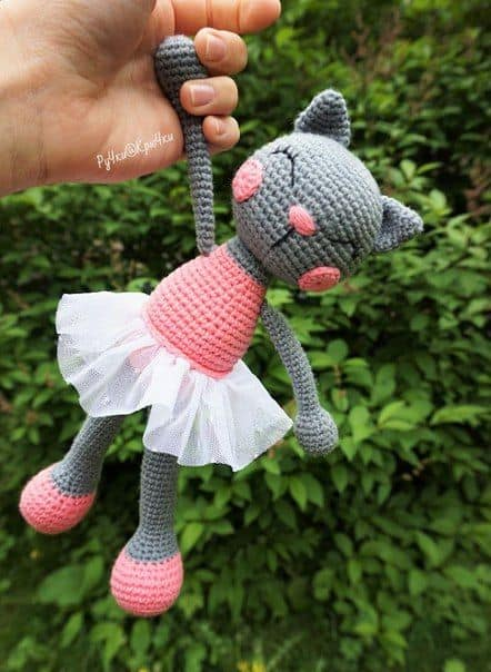 Ballerina Cat Crochet Free Pattern