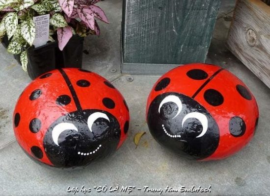 painted ladybug rocks ladybug painted rocks will liven up your garden 2597