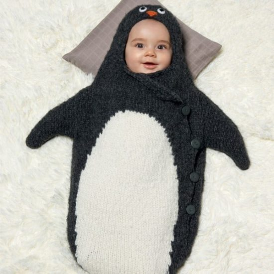 penguin-knitted-baby-cocoon-free-pattern