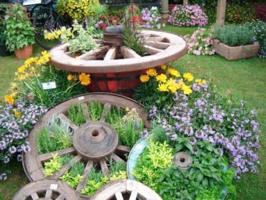 how to make a wagon wheel herb garden the whoot. Black Bedroom Furniture Sets. Home Design Ideas