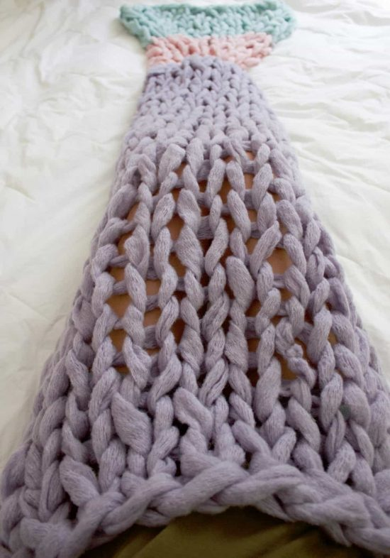 Arm Knit a Mermaid Tail Blanket Pattern