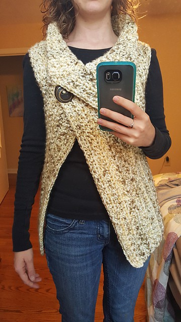 Crochet Peek-a-Boo Button Wrap Free Pattern