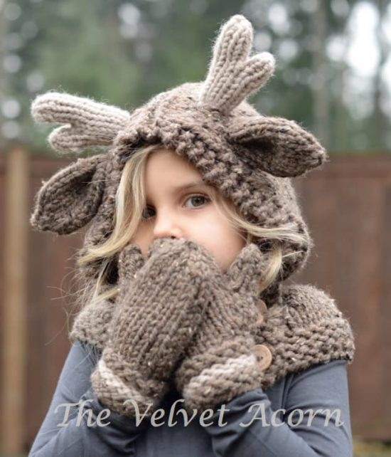 Knitted Reindeer Cowl