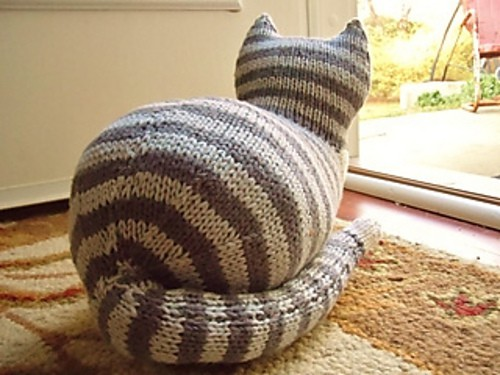 Knitted Cat Free Pattern