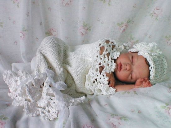 Crochet Baby Cocoon With Hat Pattern