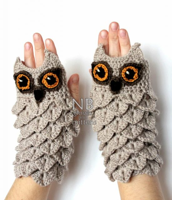 Crocodile Stitch Owl Fingerless Mittens