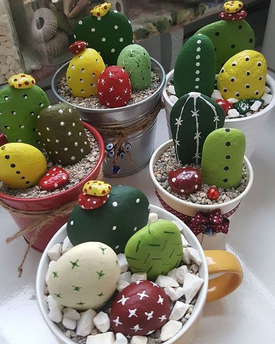 Painted cactus rock garden easy video instructions via figencecic on instagram solutioingenieria Images