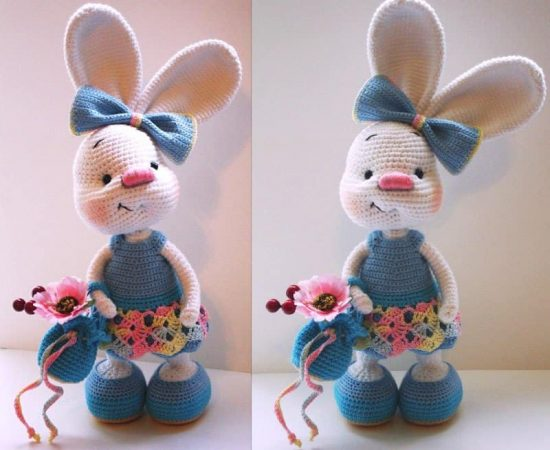 Free crochet pattern: Tiny bunny with straight or floppy ears | 450x550