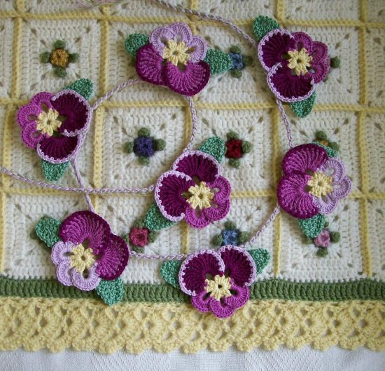 how to make crochet pansies