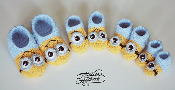 Crochet Minion Slippers For Adults Are Super Cute Interesting Free Minion Crochet Pattern