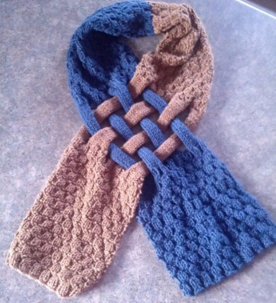 7ff07c0c9 Celtic Knot Loop Scarf Pattern For Knitters