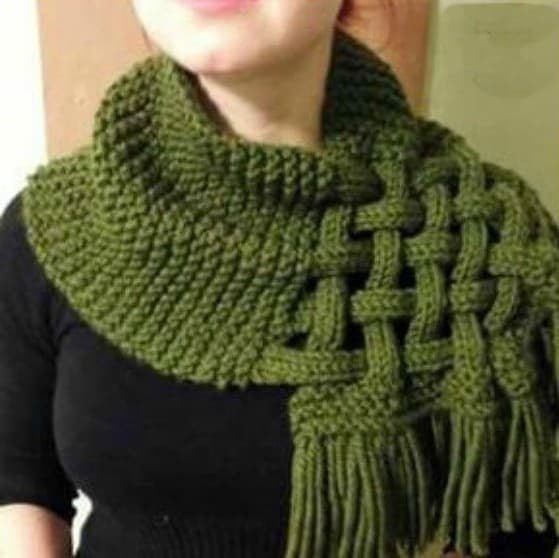 Celtic Knot Loop Scarf Pattern For Knitters Awesome Celtic Knot Patterns