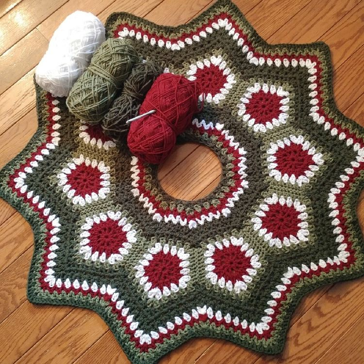 Gorgeous Crochet Granny Square Tree Skirt Pattern The Whoot