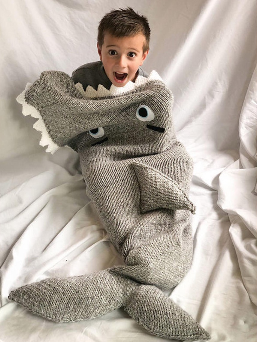 Knitted Shark Blanket Pattern | The WHOot